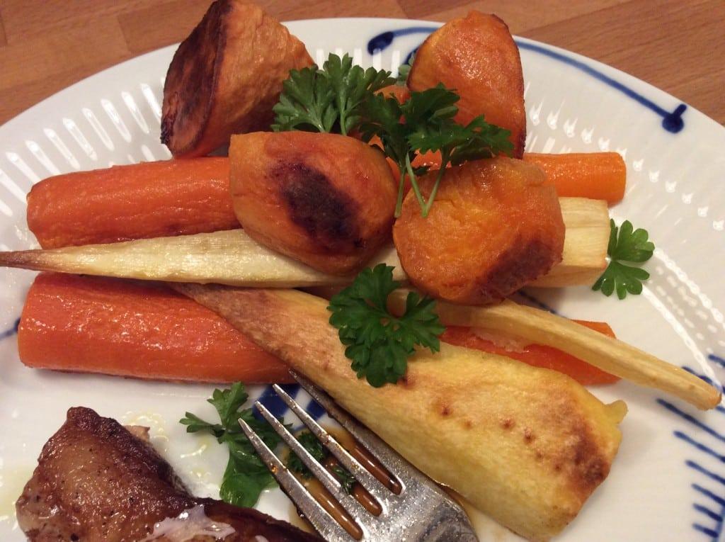 Bagte grøntsager med limedressing
