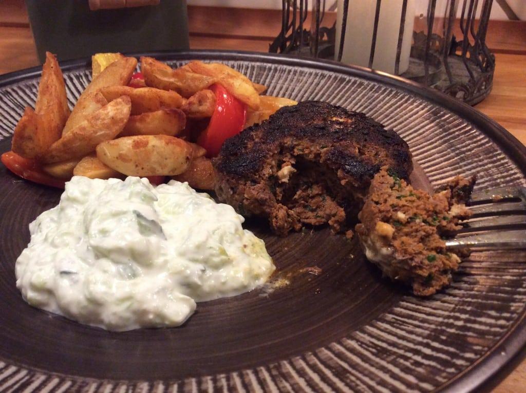 Græsk bøf med feta og persille