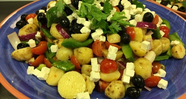 Græsk inspireret kartoffelsalat