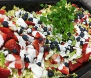 Salat med bær