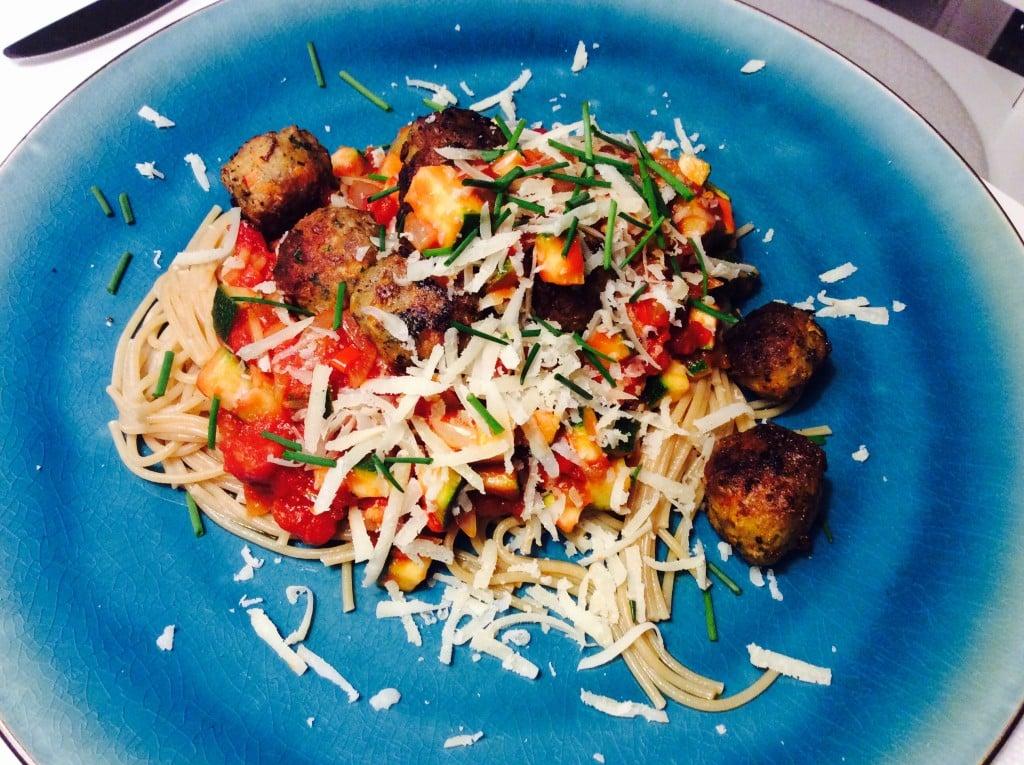 Kødboller i tomat